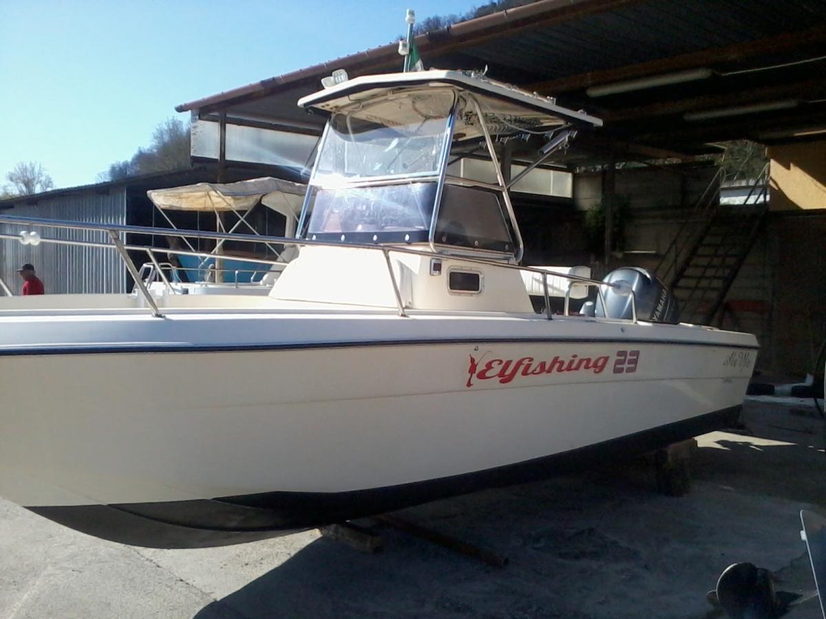 Barca a motore zaniboni 23 usato nautica galvar for Barca a vapore per barche da pesca