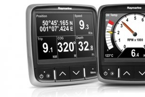 RAYMARINE DISPLAY MULTIFUNZIONE LCD PR70